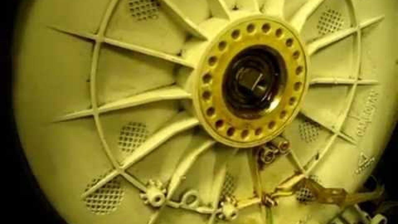 Замена суппорта на стиральной машине Zanussi с вертикальной загрузкой